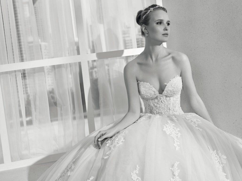 Brautkleid Miss Kelly | Brautkleider Von Miss Kelly Bei Brilliant Hochzeitsmoden