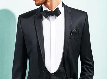 Brautkleider Und Herrenanzugebei Brilliant Hochzeitsmoden